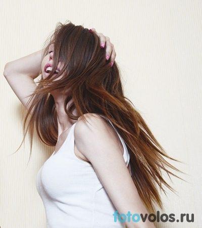 Модные причёски на бок фото