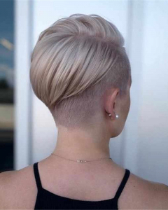 Popular-Short-Haircuts-For-Women-2020-14