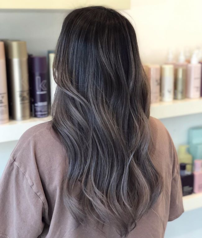 Легкий балаяж на темные волосы